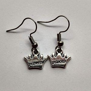 5/$20 Cute princess crown earrings